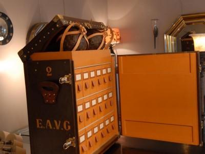 Malle Louis Vuitton à chaussures